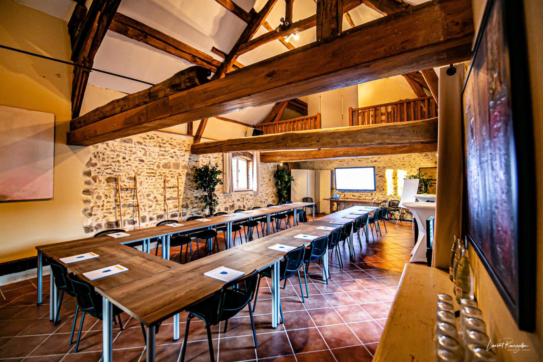 Salle Beaudeval en U réunion séminaire à La Thibaudière par Clapinstant
