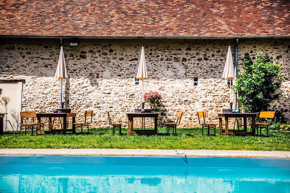 Domaine de La Thibaudière piscine extérieure